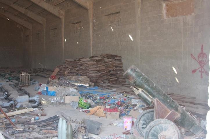 Found the largest factory to manufacture bombs and rockets in Fallujah (1)