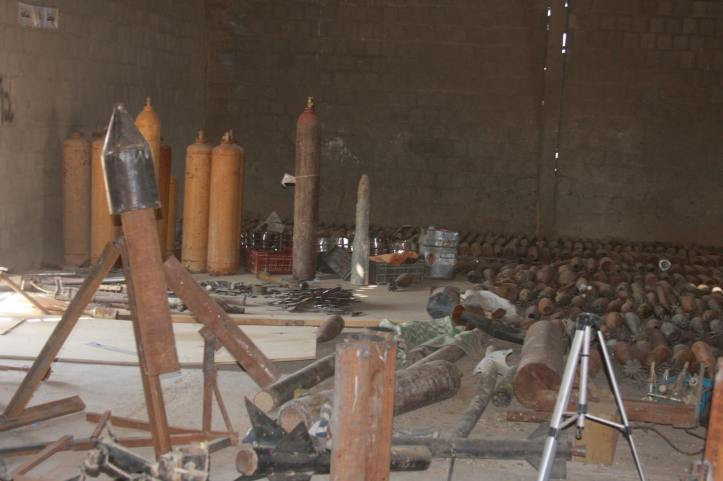 Found the largest factory to manufacture bombs and rockets in Fallujah (17)