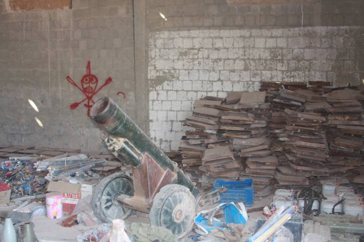 Found the largest factory to manufacture bombs and rockets in Fallujah (21)