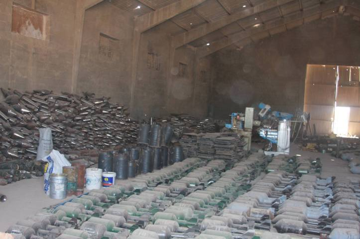Found the largest factory to manufacture bombs and rockets in Fallujah (22)
