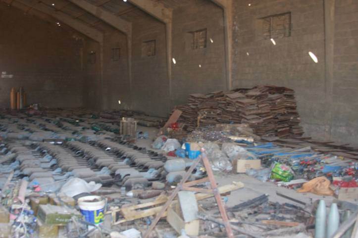 Found the largest factory to manufacture bombs and rockets in Fallujah (24)