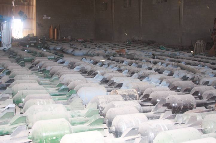 Found the largest factory to manufacture bombs and rockets in Fallujah (6)