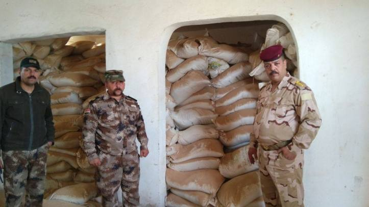 Iraq 3000 bags of urea fertilizer (1)