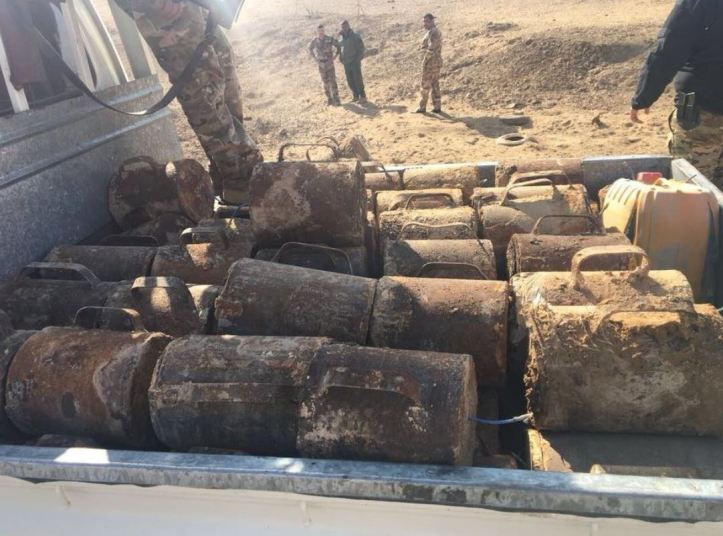 Brigade 35 uncovered a total of 96 explosive devices in the deserts west of Tikrit Nov 29 2017 - Photos show only part of the stock (2)