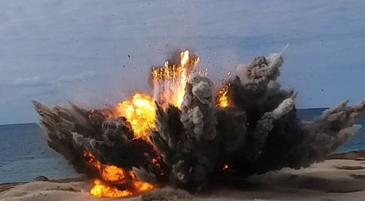 31-Jan-18 Controlled destruction of 3 tons of explosive material out in the desert near #Benghazi by The Mine Action & Mine Remnants Ops Team and 120 Spec Ops (1)