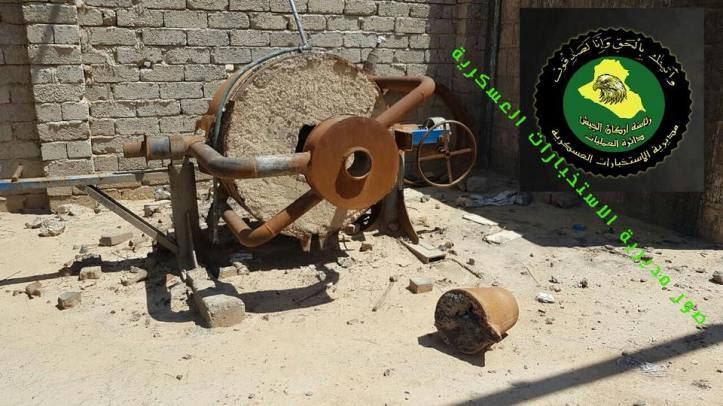 Iraqi security forces recently discovered an IED and mortar round factory in the al-Shura area south of #Mosul (1)