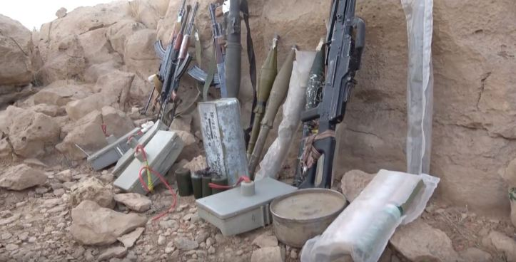 Some interesting weapons captured from Houthi forces in Midi (4)